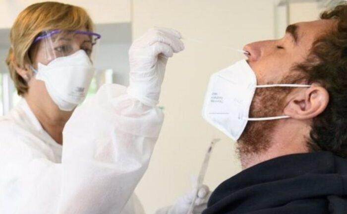 Un hisopo se rompió mientras realizaban una prueba de coronavirus